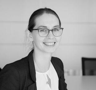 Daniela Guschke, Steuerfachangestellte, Dußlingen